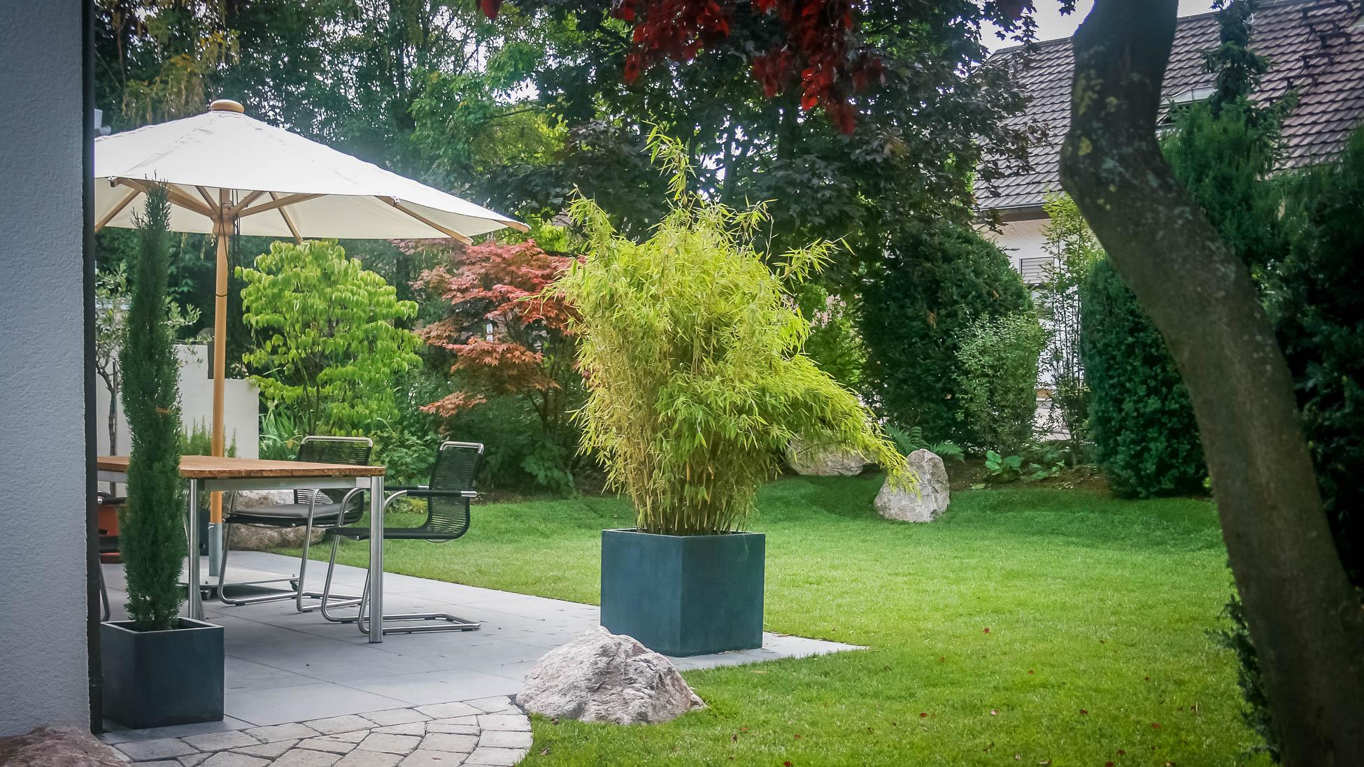 Gartenanlagen Terrasse Rasen Privat