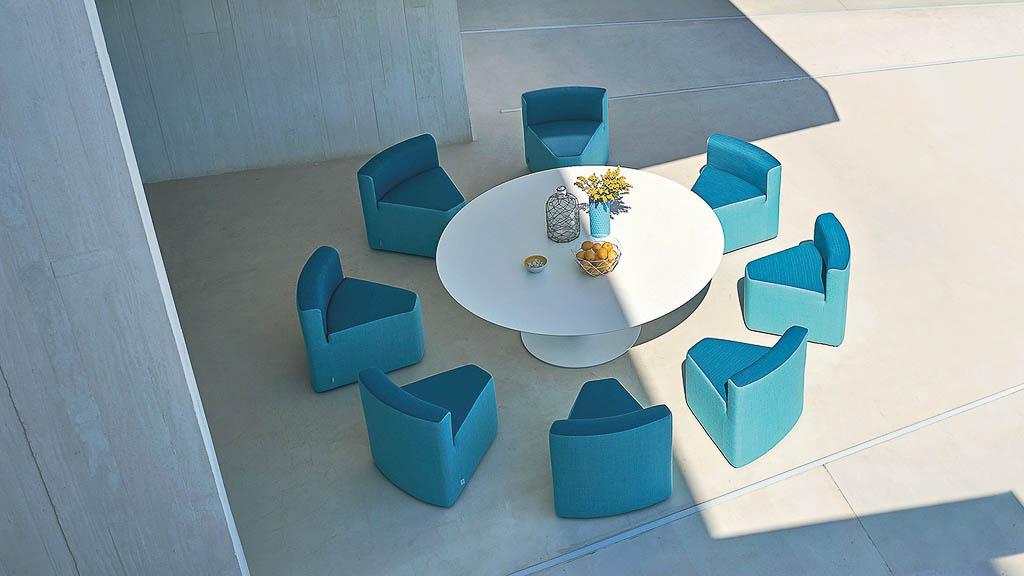 IN & OUT | Kollektion | Varashin Outdoor Therapy Möbel | Gartenmöbel aus Italien